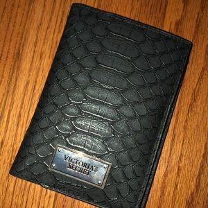 NWT Victoria's Secret Snakeskin Passport Wallet